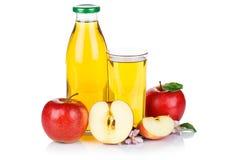 Μπουκάλι φρούτων φρούτων μήλων χυμού της Apple που απομονώνεται στο λευκό Στοκ φωτογραφία με δικαίωμα ελεύθερης χρήσης