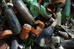 Μπουκάλια και δοχεία γυαλιού Στοκ εικόνες με δικαίωμα ελεύθερης χρήσης