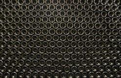 Μπουκάλια στο κελάρι κρασιού στοκ φωτογραφία με δικαίωμα ελεύθερης χρήσης