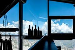 Μπουκάλια στο πίσω φως Στοκ Φωτογραφία