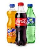 Μπουκάλια της Coca-Cola, Fanta και δαιμονίου στοκ εικόνες