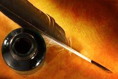 Μπουκάλι μελανιού φτερών Στοκ φωτογραφία με δικαίωμα ελεύθερης χρήσης
