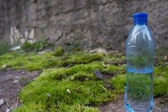 Μπουκάλι του γλυκού νερού Στοκ φωτογραφίες με δικαίωμα ελεύθερης χρήσης