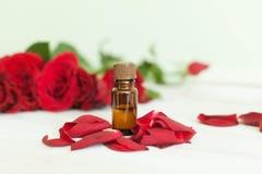 Μπουκάλι του aromatherapy πετρελαίου Στοκ Φωτογραφία
