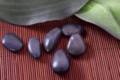 Μπουκάλι massage oil spa Στοκ εικόνες με δικαίωμα ελεύθερης χρήσης