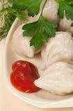 Μπουλέττες κρέατος (pelmeni) στοκ φωτογραφία με δικαίωμα ελεύθερης χρήσης