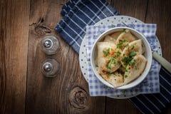 Μπουλέττες με το κρέας, το κρεμμύδι και το μπέϊκον Στοκ Εικόνα