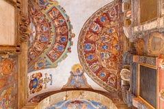 Μπολόνια - οροφή και τοίχοι της εισόδου στο εξωτερικό αίθριο Archiginnasio. Στοκ Εικόνες