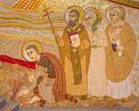Μπρατισλάβα - η λεπτομέρεια του μωσαϊκού στον καθεδρικό ναό του ST Sebastian που σχεδιάζεται από το jesuit MarÂko Ivan Rupnik στοκ εικόνες