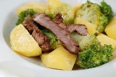 μπριζόλα σαλάτας βόειου &ka στοκ εικόνες
