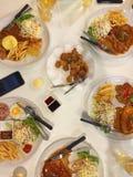 Μπριζόλα χοιρινού κρέατος με τη μαύρη σάλτσα πιπεριών στοκ εικόνες