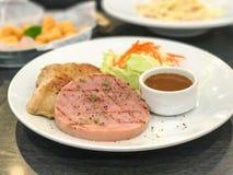 μπριζόλα ζαμπόν και κοτόπουλου Στοκ Εικόνα