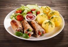 Μπριζόλα και λαχανικά χοιρινού κρέατος Στοκ φωτογραφία με δικαίωμα ελεύθερης χρήσης