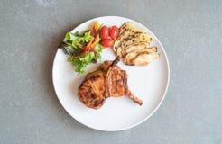 Μπριζόλα μπριζολών χοιρινού κρέατος Στοκ Φωτογραφίες