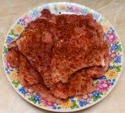 Μπριζόλα χοιρινού κρέατος με τα καρυκεύματα Στοκ φωτογραφία με δικαίωμα ελεύθερης χρήσης
