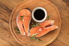Μπριζόλες του κόκκινου σολομού ψαριών Στοκ Εικόνα