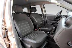 Μπροστινά καθίσματα αυτοκινήτων στοκ εικόνα