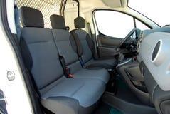 Μπροστινά καθίσματα στο φορτηγό παράδοσης στοκ φωτογραφία με δικαίωμα ελεύθερης χρήσης