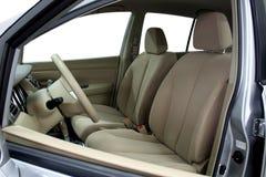 μπροστινά σύγχρονα καθίσματα αυτοκινήτων στοκ εικόνες