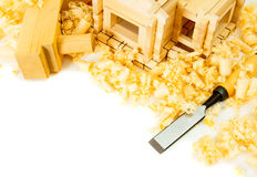 μπροστινά Windows σπιτιών γκαράζ πορτών λεπτομέρειας κατασκευής Εργασίες ξυλουργού Ο μικρός Στοκ εικόνες με δικαίωμα ελεύθερης χρήσης