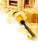 μπροστινά Windows σπιτιών γκαράζ πορτών λεπτομέρειας κατασκευής Εργασίες ξυλουργού Ο μικρός Στοκ Φωτογραφίες