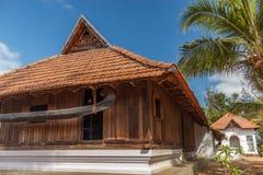 Μπροστινή άποψη ενός αρχαίου σπιτιού του Κεράλα, Κεράλα, Ινδία, στις 25 Φεβρουαρίου 2017 Στοκ φωτογραφία με δικαίωμα ελεύθερης χρήσης