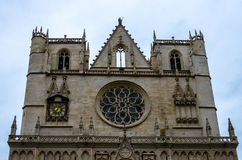 Μπροστινή άποψη καθεδρικών ναών στη Λυών, Γαλλία Στοκ εικόνες με δικαίωμα ελεύθερης χρήσης
