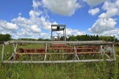 Μπροστινή άποψη του παλαιού swather Στοκ φωτογραφία με δικαίωμα ελεύθερης χρήσης