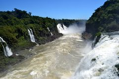 Μπροστινή άποψη των καταρρακτών Iguazu, Βραζιλία Στοκ φωτογραφίες με δικαίωμα ελεύθερης χρήσης