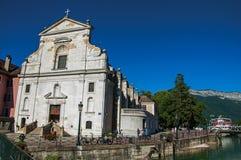 Μπροστινή πρόσοψη της εκκλησίας Άγιος François de Sales στο Annecy, Στοκ Φωτογραφίες