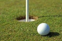 μπροστινή τρύπα golfball Στοκ Εικόνα