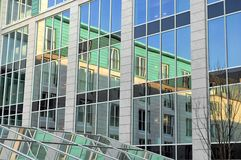 μπροστινός αντικατοπτρι&sigma Στοκ φωτογραφία με δικαίωμα ελεύθερης χρήσης