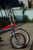 μπροστινό γκαράζ ποδηλάτων Στοκ εικόνες με δικαίωμα ελεύθερης χρήσης