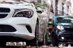 Μπροστινό μέρος γραπτά αυτοκίνητα στοκ φωτογραφία με δικαίωμα ελεύθερης χρήσης