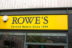 Μπροστινό σημάδι καταστημάτων αρτοποιών Rowe Cornish στοκ φωτογραφίες