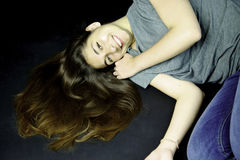 μπροστινό τρίχωμα προσώπου η ευθεία γυναίκα της Στοκ Φωτογραφίες