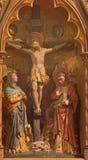 ΜΠΡΥΖ, ΒΕΛΓΙΟ - 13 ΙΟΥΝΊΟΥ 2014: Η σταύρωση Χάραξη του κύριου βωμού μορφής (19 σεντ ) στο ST Giles Στοκ Φωτογραφία