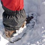 Μπότα πεζοπορίας στο χιόνι Στοκ Εικόνες