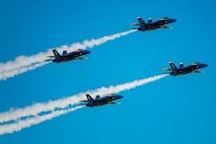 Μπλε άγγελοι στο σχηματισμό Στοκ φωτογραφία με δικαίωμα ελεύθερης χρήσης