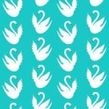 Μπλε άνευ ραφής σχέδιο με τους άσπρους κύκνους Στοκ Φωτογραφία