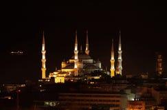 Μπλε άποψη νύχτας μουσουλμανικών τεμενών (μουσουλμανικό τέμενος του Ahmed σουλτάνων), Ιστανμπούλ - Τουρκία Στοκ Εικόνες