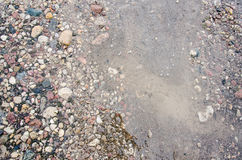 μπλε έκθεσης μακροχρόνια χαλικιών κύματα πετρών θάλασσας μεταξωτά Ζωηρόχρωμο σχέδιο των Rolling Stones με το νερό που ρέει στην κ Στοκ φωτογραφίες με δικαίωμα ελεύθερης χρήσης