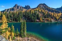 Μπλε λίμνη, πολιτεία της Washington στοκ φωτογραφία με δικαίωμα ελεύθερης χρήσης