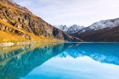 Μπλε λίμνη Lac de Moiry Στοκ Εικόνες