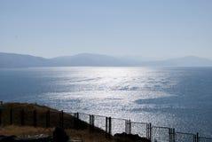 Μπλε λίμνη Sevan, ημέρα κυμάτων Στοκ Εικόνες