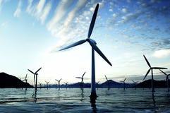 Μπλε αιολική ενέργεια Στοκ Φωτογραφία