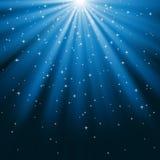 Μπλε ακτίνες του φωτός και των αστεριών Στοκ φωτογραφία με δικαίωμα ελεύθερης χρήσης