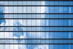 Μπλε αντανάκλαση γυαλιού Στοκ φωτογραφία με δικαίωμα ελεύθερης χρήσης