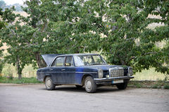 μπλε αυτοκίνητο παλαιό Στοκ Εικόνες