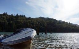 μπλε βάρκα Στοκ φωτογραφίες με δικαίωμα ελεύθερης χρήσης